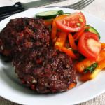 Рубленые бифштексы с болгарским перцем